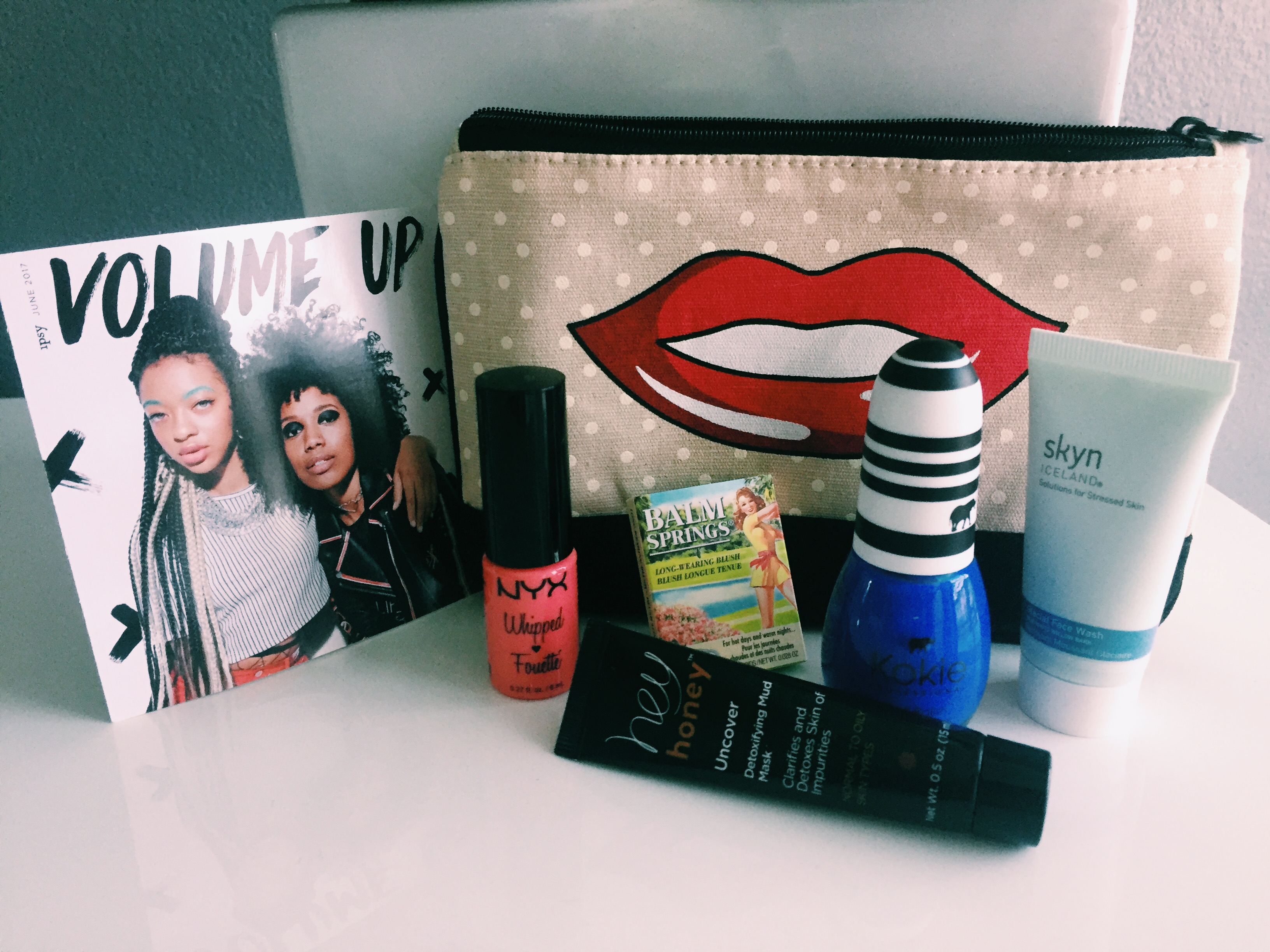 Ipsy-June-Glambag